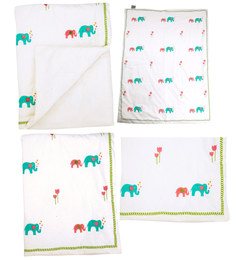 Cocobee Offwhite Elephant Parade Print Baby Quilt In White Colour