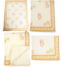 Cocobee Offwhite Seashell Orange Border Print Baby Quilt In White Colour